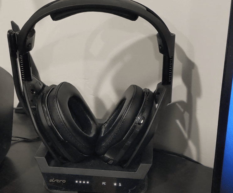 can you charge astro a50 while playing